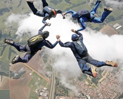 Skydivers portfolio Seriously design