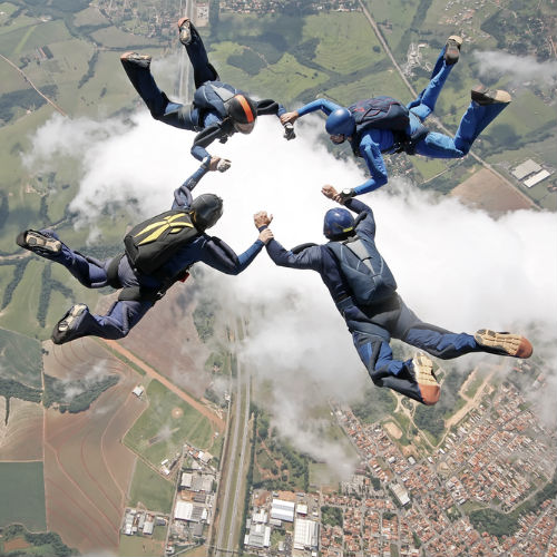 Skydivers portfolio Seriously design